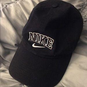 Women's Nike Hat Black worn once